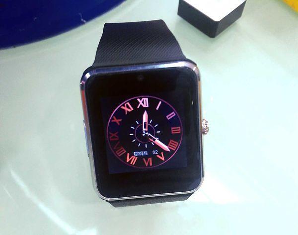 el-clon-de-apple-watch-con-mas-funciones-que-original-por-menos-de-50e