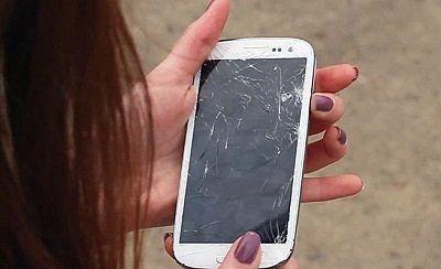 arreglar-la-pantalla-rota-de-tu-smartphone