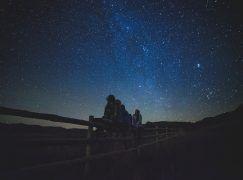 Descargar las aplicaciones de Sky Map y Star Chart para ver los mapas es estelares en móviles Android